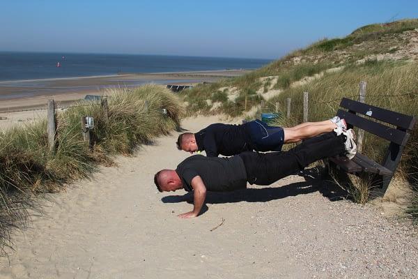 Personal training duoBootcamp westduin mannen, interval training duinen, strand zeeland, kleine groep
