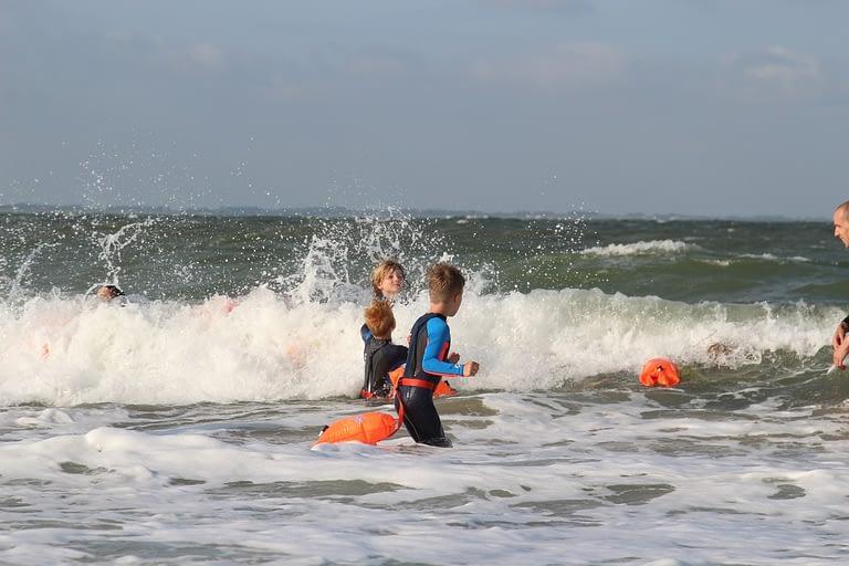 Zee zwemles branding C in Zee